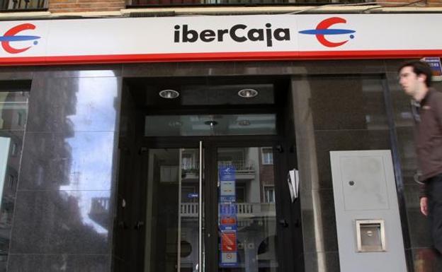 Ibercaja logra un beneficio neto de 41 7 millones un 42 for Oficinas ibercaja