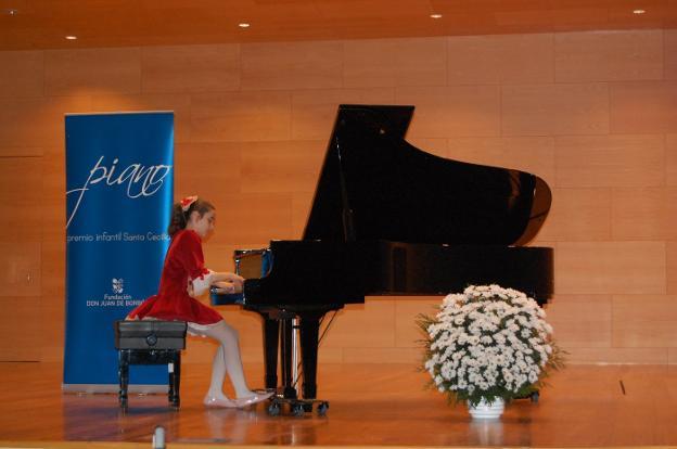 La pianista Fabiola Moreno durante su actuación. :: hoy/