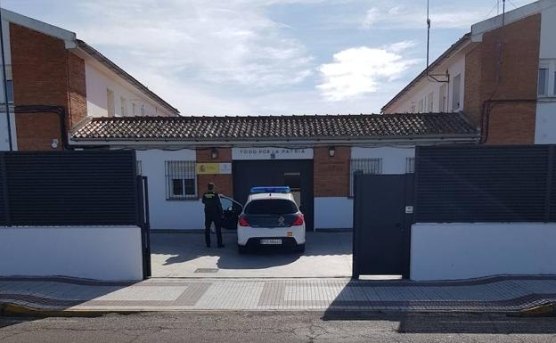 Puesto de la Guardia Civil en Torrejoncillo.