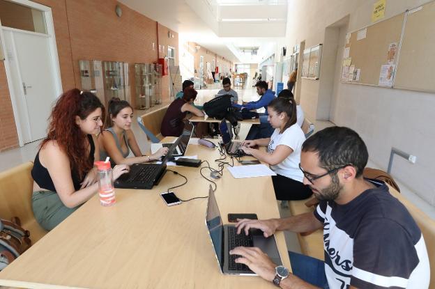 El Centro Universitario de Mérida es el único campus de la UEx que no tiene  residencia universitaria pública   Hoy