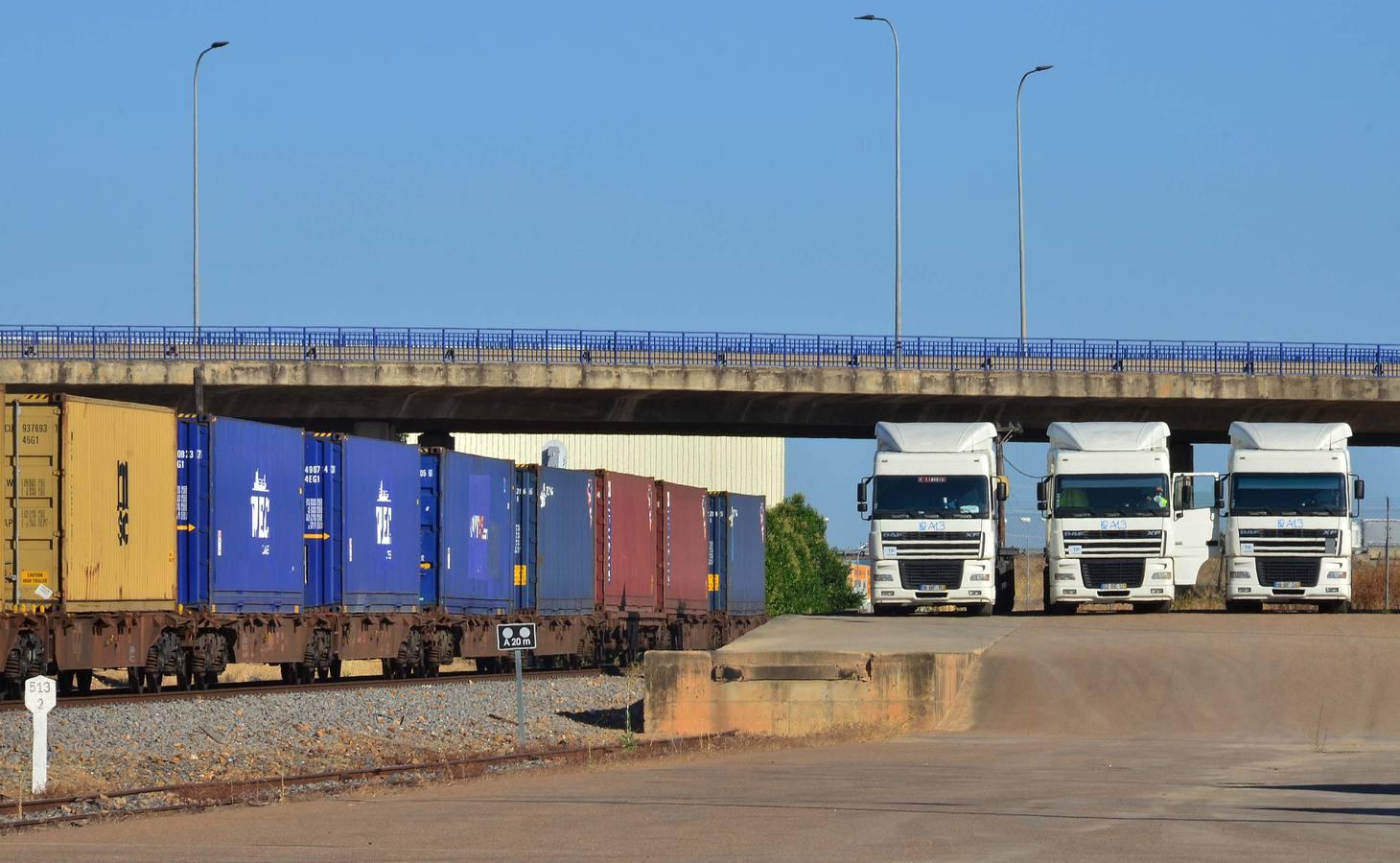 El transporte de mercancías se reanuda con tres trenes esta semana | Hoy